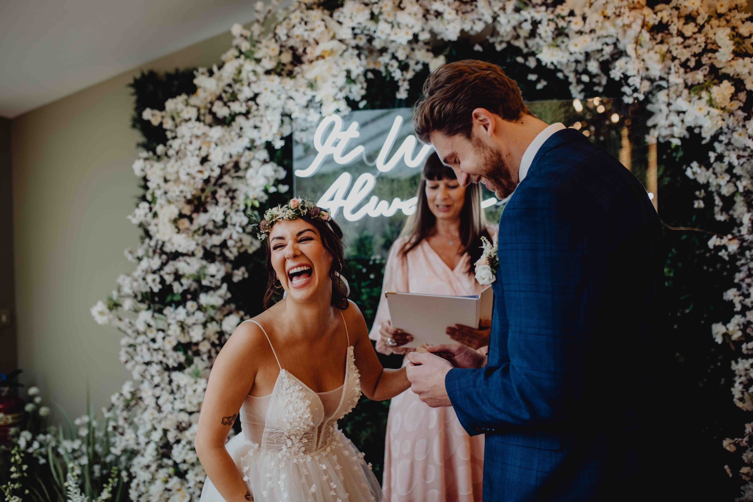 Celebrant officiates boho wedding